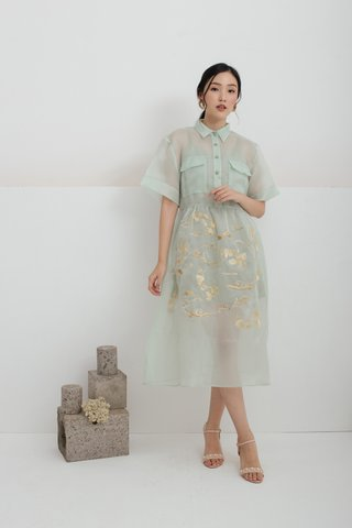 Yu Koi Embroidered dress in Mint