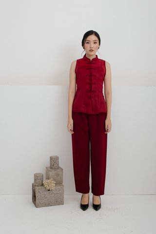 Olivia Pleats and Loops Highwaisted Pants in Wine red